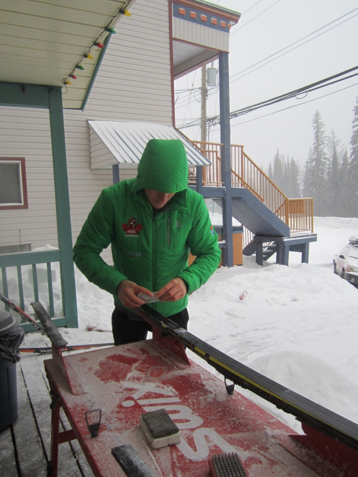 Dave scraping his skis this morning